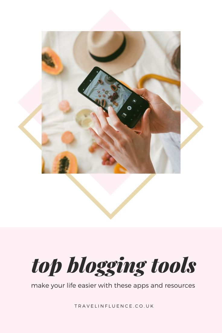 On and offline tools for bloggers and digital marketing professionals to help make creating blog and social media content easier - and who doesn't want that #travel #blogging #tools #kit #howto #guide #travelblog #marketingtools #socialmedia
